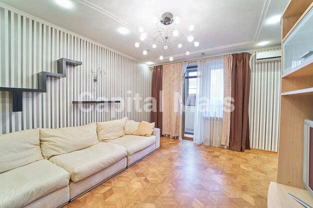 Гостиная в квартире на ул. Красногвардейская 3-я, д. 3