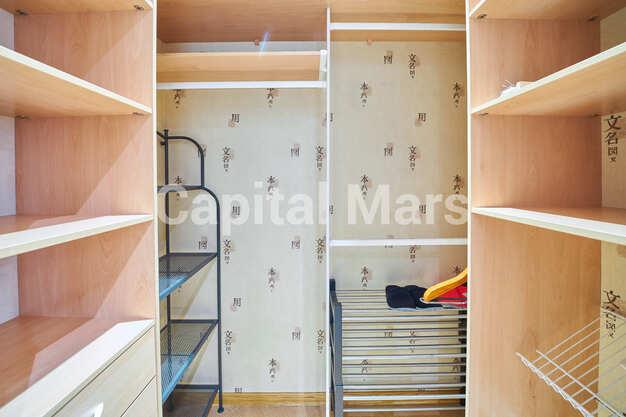 Гардеробная в квартире на ул. Красногвардейская 3-я, д. 3