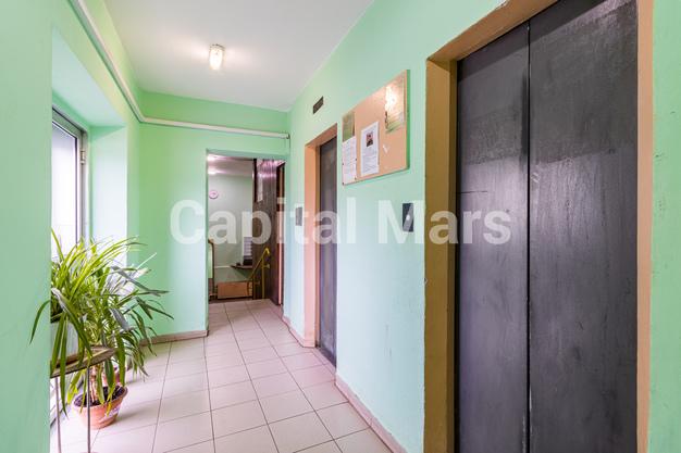 Подъезд в квартире на ул. Героев Панфиловцев, д. 3