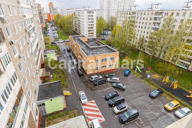 Вид из окна в квартире на ул. Героев Панфиловцев, д. 3