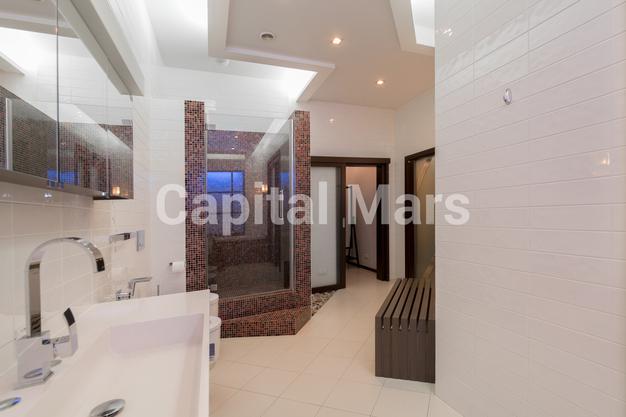Ванная комната в квартире на ул. Береговая, д. 4, к. 2