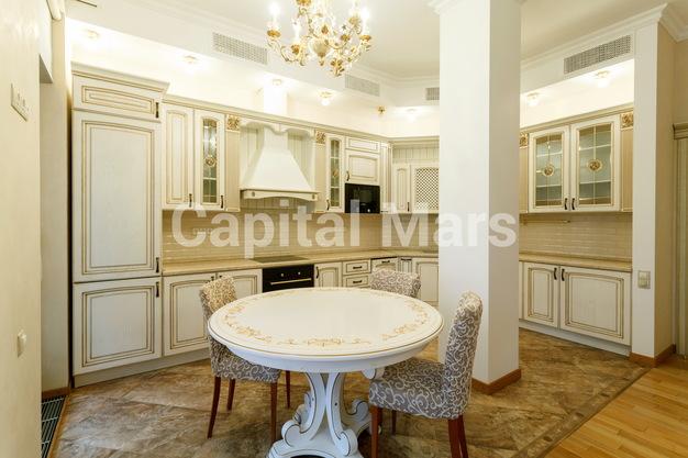 Кухня в квартире на пер. Гнездниковский Б., д. 3
