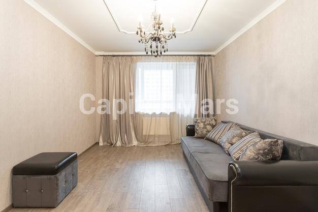 Жилая комната в квартире на проезд Нагатинский 1-й, д. 11, к. 2