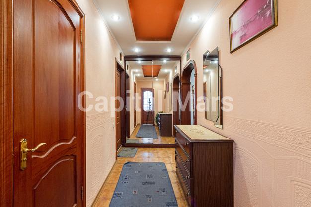 Прихожая в квартире на ул. Лефортовский Вал, д. 11, к. 2