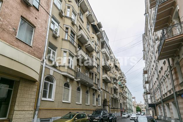 Фасад в квартире на Козицкий пер, д. 1А