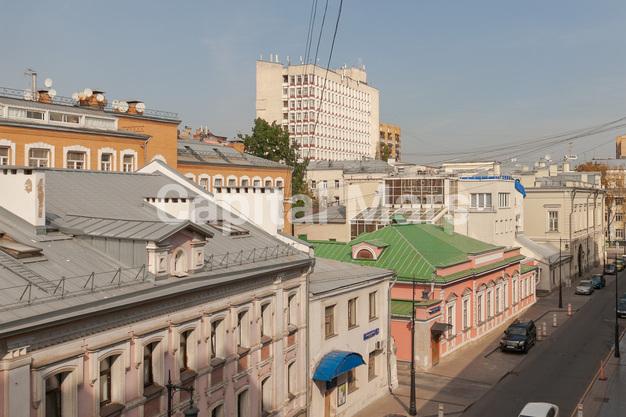 Вид из окна в квартире на Борисоглебский пер, д. 8, стр. 1