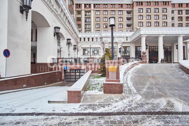 Возле дома в квартире на Чапаевский пер, д. 3