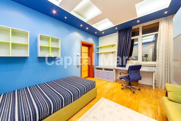 Спальня в квартире на ул. Авиационная, д. 79В