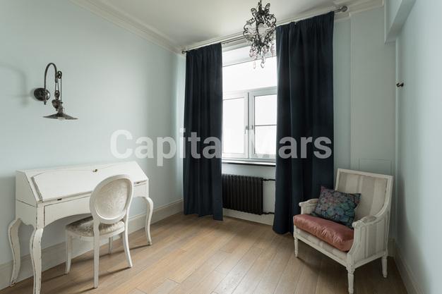 Жилая комната в квартире на пр-кт Мира, д. 108