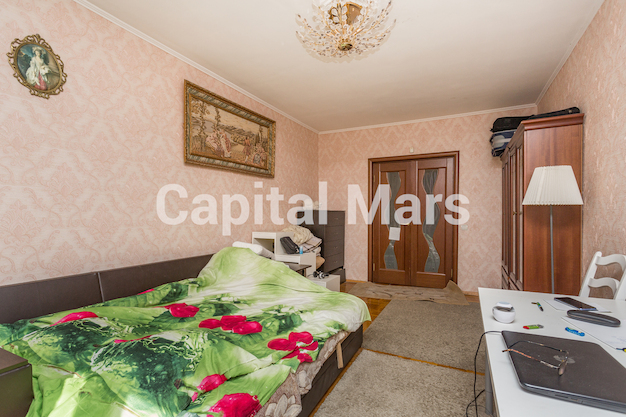 Жилая комната в квартире на ул Исаковского, д 4 к 2