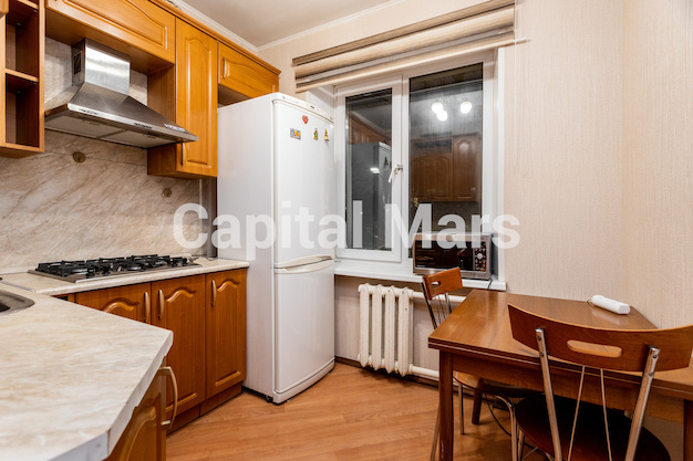 Кухня в квартире на ул. Подвойского, д. 14