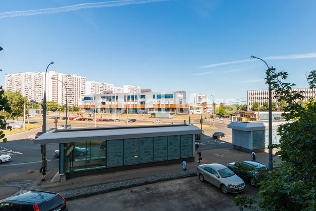 Вид из окна в квартире на ул. Днепропетровская, д. 1