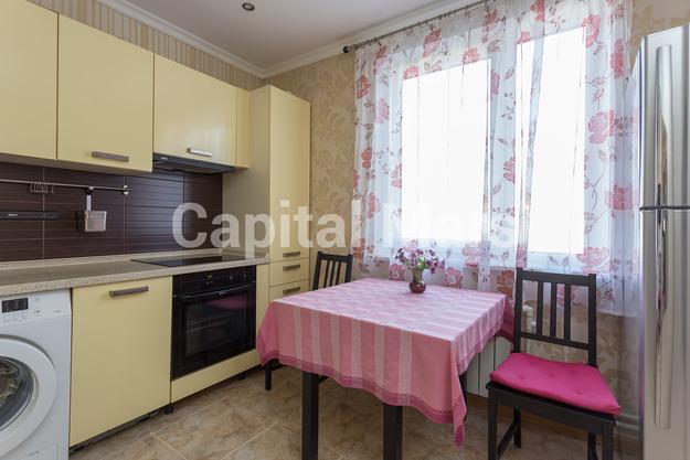 Кухня в квартире на ул. Профсоюзная, д. 93, к. 4