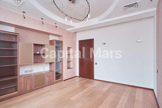 Жилая комната в квартире на ул. Маршала Тимошенко, д. 17, к. 2
