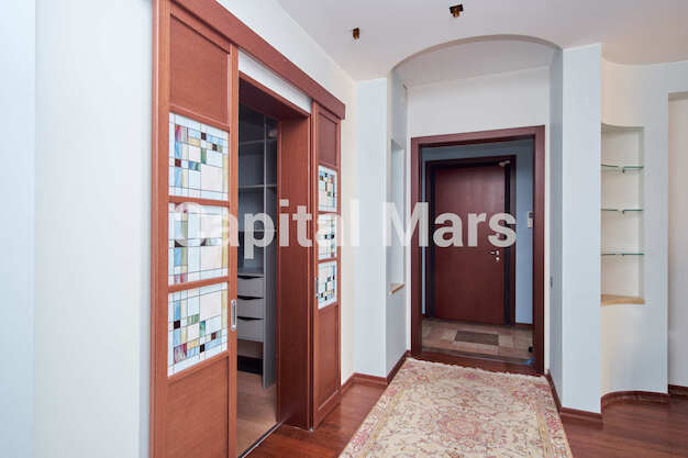 Коридор в квартире на ул. Маршала Тимошенко, д. 17, к. 2