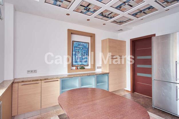 Кухня в квартире на ул. Маршала Тимошенко, д. 17, к. 2