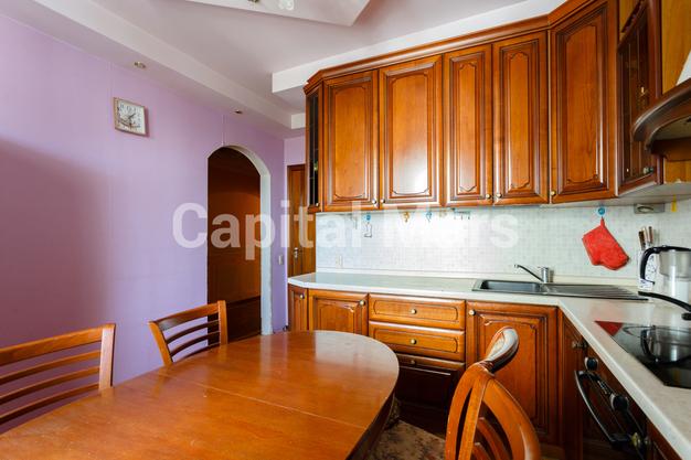 Кухня в квартире на ул. Енисейская, д. 5