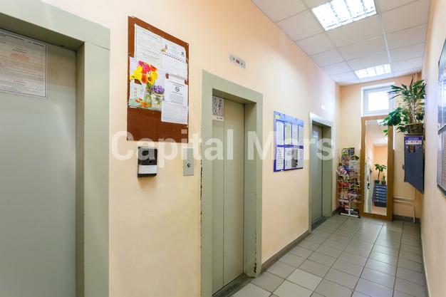 Подъезд в квартире на ул. Енисейская, д. 5