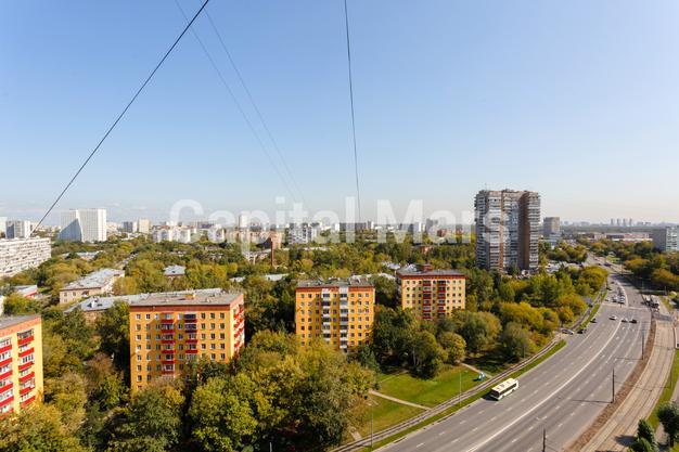 Вид из окна в квартире на ул. Енисейская, д. 5