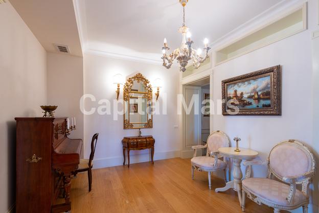 Холл в квартире на ул. Куусинена, д. 23, к. 2