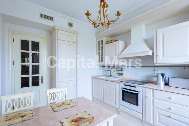 Кухня в квартире на ул. Куусинена, д. 23, к. 2