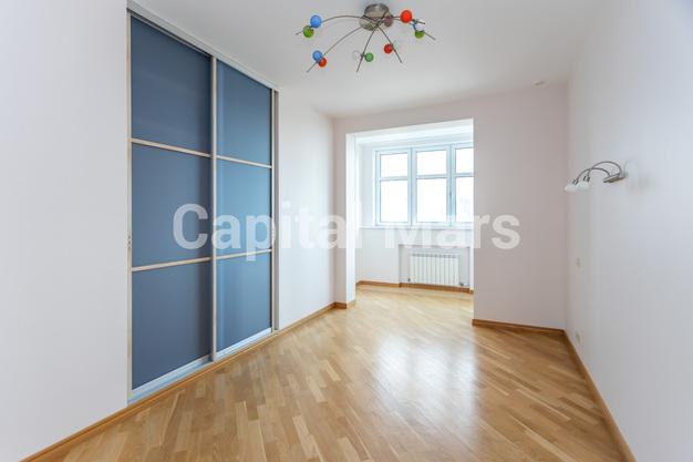 Жилая комната в квартире на ул. Давыдковская, д. 3