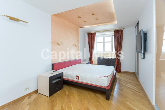 Спальня в квартире на ул. Давыдковская, д. 3