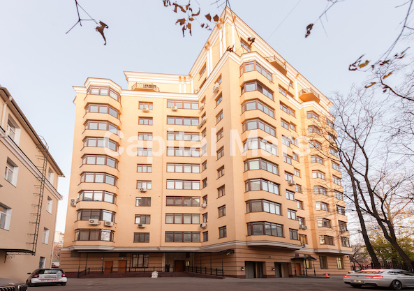 Фасад в квартире на ул. Чаянова, д. 24