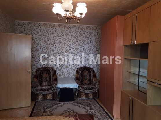 Жилая комната в квартире на ул. Новомарьинская, д. 17