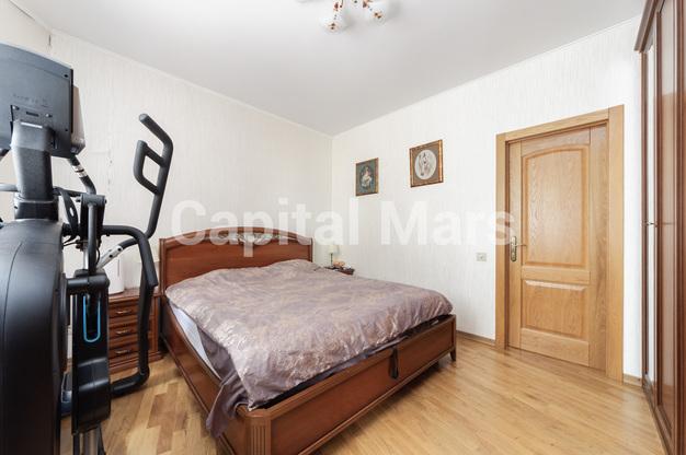 Спальня в квартире на ул. Медиков, д. 14, к. 2