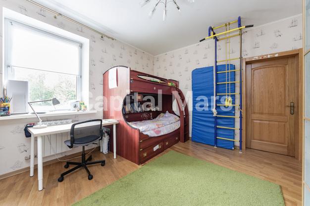 Детская в квартире на ул. Медиков, д. 14, к. 2