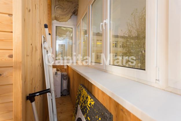 Балкон в квартире на ул. Земляной Вал, д. 46