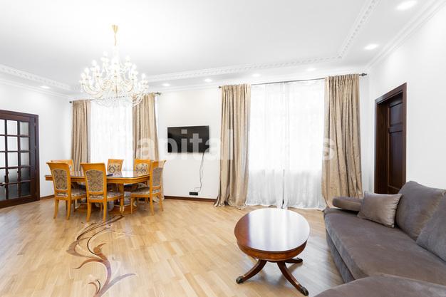 Гостиная в квартире на Чапаевский пер, д. 3