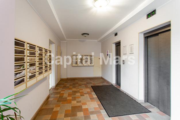 Подъезд в квартире на ул. Гиляровского, д. 50