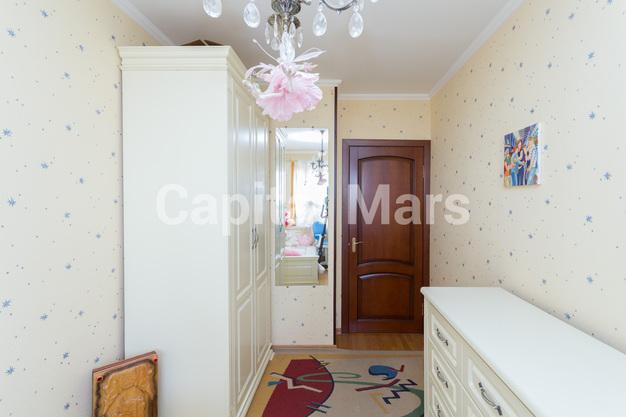 Детская в квартире на ул. Набережная Б., д. 19, к. 2