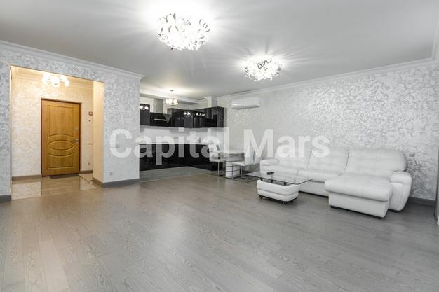 Гостиная в квартире на Карамышевская наб, д. 34