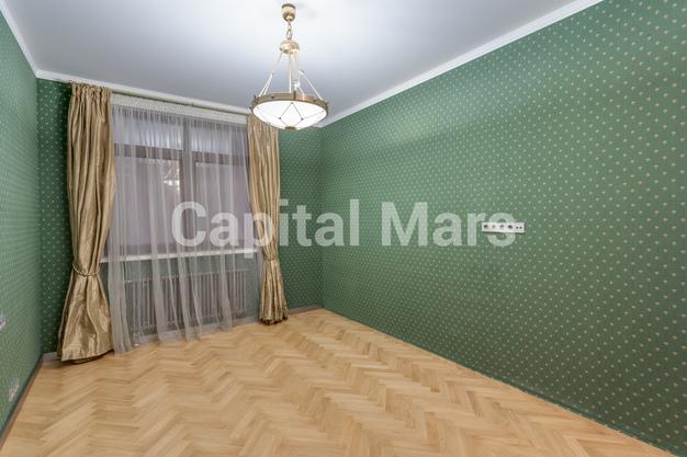 Жилая комната в квартире на б-р Ходынский, д. 11