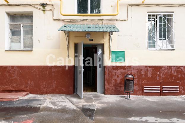 Подъезд в квартире на ул. Маршала Неделина, д. 28