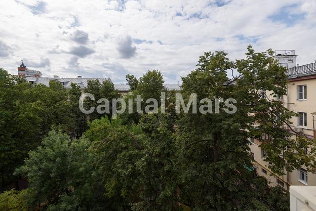 Вид из окна в квартире на ул. Маршала Неделина, д. 28