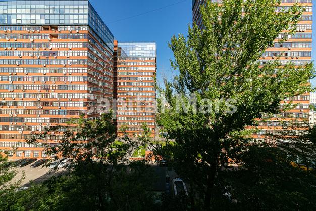 Вид из окна в квартире на пр-кт Ленинградский, д. 74, к. 6