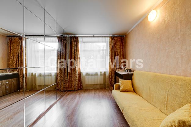 Жилая комната в квартире на Никитский б-р, д. 25