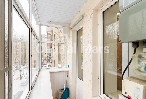 Балкон в квартире на ул. Панфилова, д. 2, к. 2