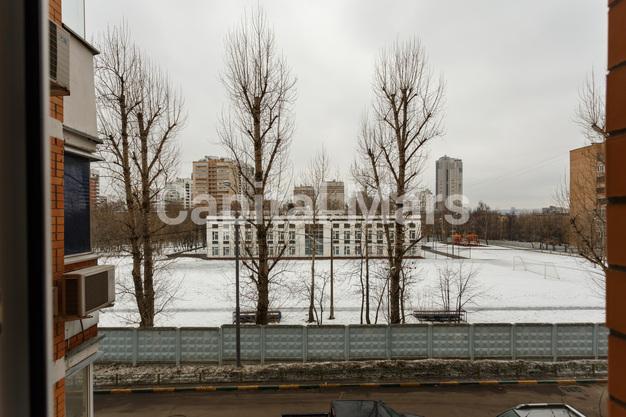 Вид из окна в квартире на ул. Маршала Тухачевского, д. 58, к. 3