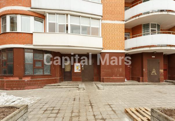 Подъезд в квартире на ул. Маршала Тухачевского, д. 58, к. 3