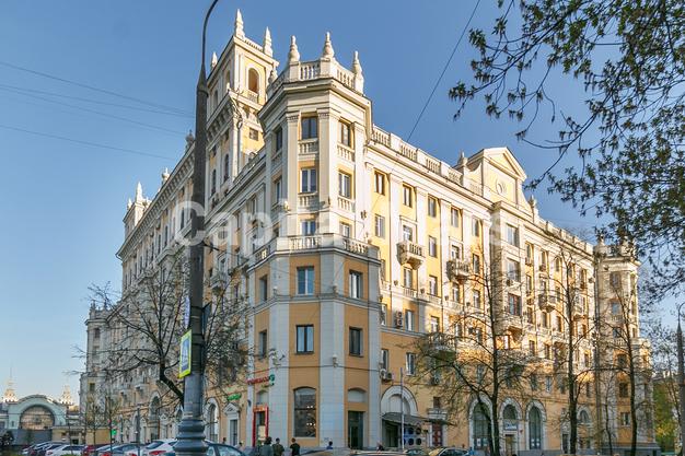 Фасад в квартире на Ленинградский пр-кт, д. 1