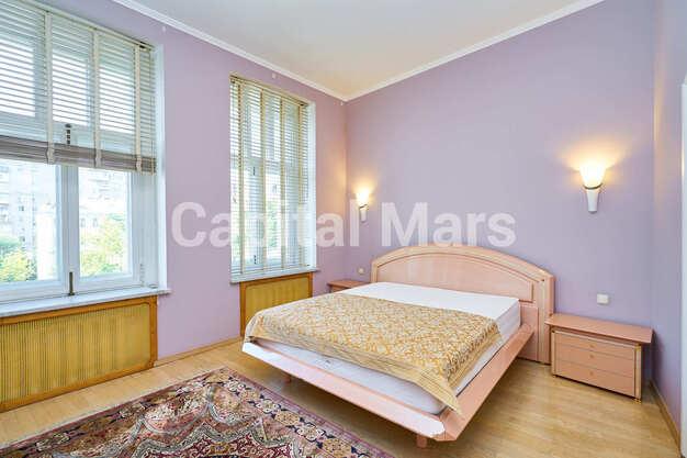 Спальня в квартире на Трубниковский пер, д. 24, стр. 1
